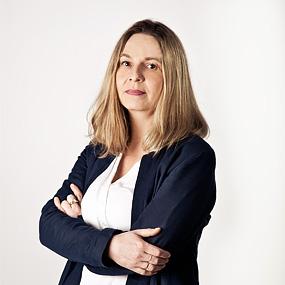 Edyta Zabojszcza- sekretarka